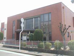 笠岡市民図書館